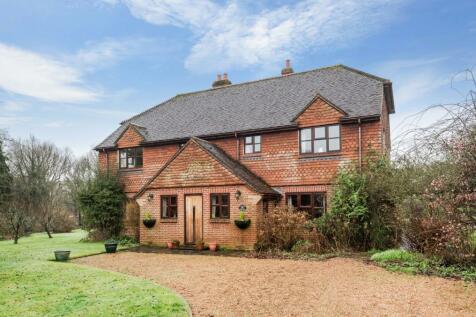 Valewood Lane, Barns Green, Horsham, RH13. 4 bedroom detached house