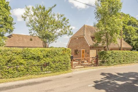 Rickmans Lane, Plaistow, Billingshurst, RH14. 4 bedroom detached house