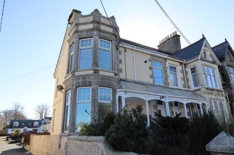 Alexandra Road, St. Austell. 2 bedroom maisonette