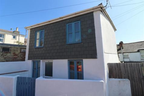 Bosvigo Road, Truro. 2 bedroom detached house