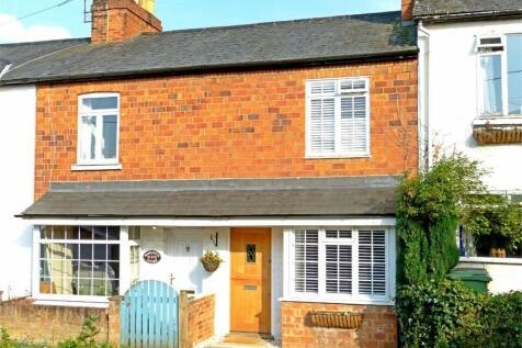 Henley-on-Thames, Oxfordshire. 2 bedroom cottage
