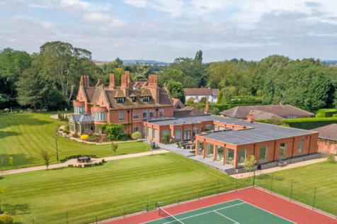 Normanton Manor, Old Melton Road, Normanton-on-the-Wolds, Nottinghamshire, NG12 5NN. 7 bedroom country house for sale