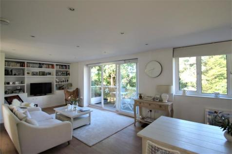 Admirals Court, Hamble, Southampton, Hampshire, SO31. 2 bedroom apartment for sale