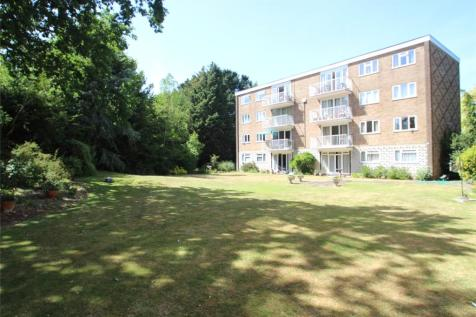 Admirals Court, Hamble, Southampton, SO31. 2 bedroom apartment for sale