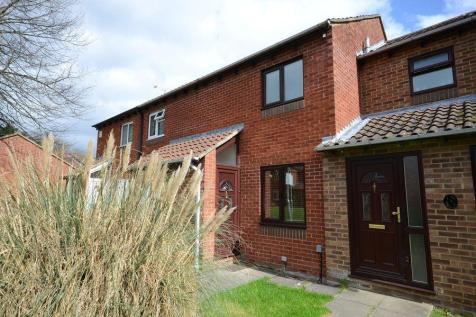 Chilcombe Way, Lower Earley. 2 bedroom terraced house