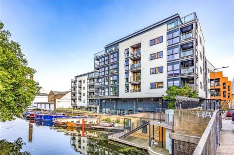 Angel Wharf, 168 Shepherdess Walk, London, N1. 2 bedroom apartment