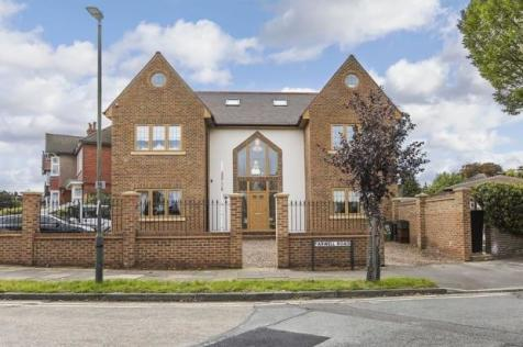 Farwell Road, Sidcup, DA14. 5 bedroom detached house