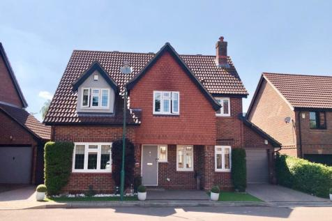 Cypress Tree Close, The Hollies, Sidcup, DA15. 4 bedroom detached house
