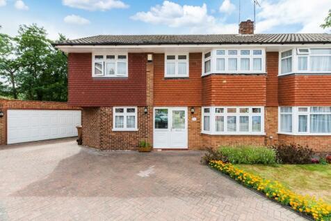 Viewfield Road, Bexley, DA5. 4 bedroom semi-detached house