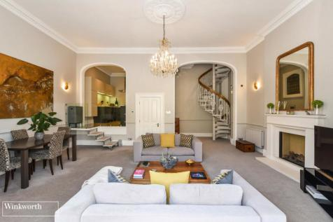 Princes Court, 11 First Avenue, Hove, East Sussex, BN3. 3 bedroom apartment for sale