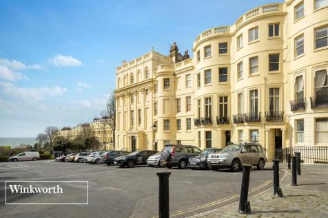 Brunswick Place, Hove, East Sussex, BN3. 5 bedroom terraced house