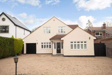Oakhill Avenue, Pinner, Middlesex, HA5. 4 bedroom detached house for sale