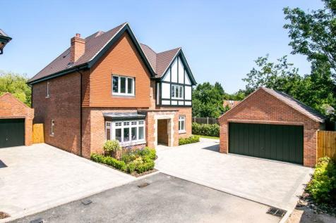 Oakley Manor, 4 Regents View, Manor Drive, Sutton Coldfield. 5 bedroom house