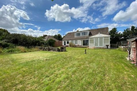 Little Keyford Lane, Frome. 4 bedroom detached bungalow
