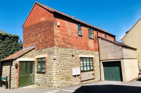 South Parade, Frome. 3 bedroom detached house