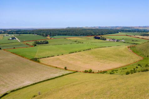 Farm: 3 houses, 155 acres. Nr Warminster, Wilts.. Land for sale