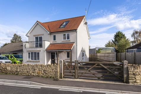 Marston Lane, Frome. 4 bedroom detached house for sale