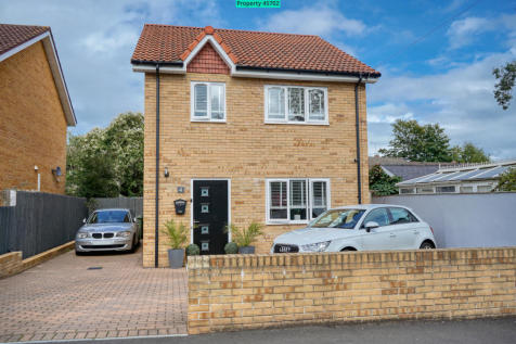 Ton Road, Cwmbran, NP44 7LF. 4 bedroom detached house