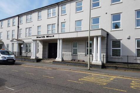 Woodford Road, Watford, WD17 1BH. 1 bedroom ground floor flat