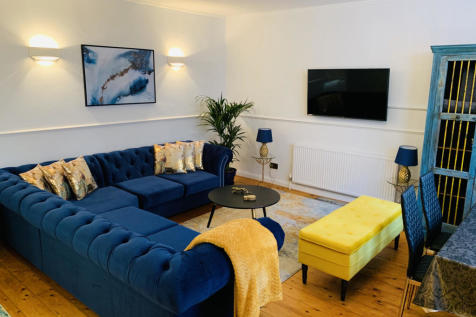 96 Edith Grove, London, SW10 0NH. 2 bedroom flat