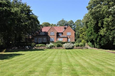 Church Lane, Nunthorpe, Middlesbrough. 5 bedroom country house