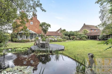 Old Shoreham Farm House, Shoreham-By-Sea. 7 bedroom house for sale