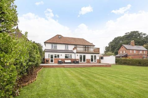 West Clyst, Exeter. 4 bedroom detached house