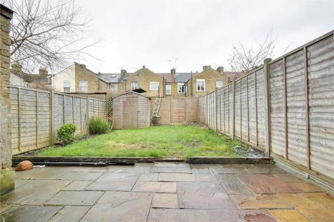 Titchfield Road, Enfield, EN3. 3 bedroom terraced house