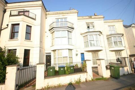 Bellevue Terrace, Southampton. Studio flat