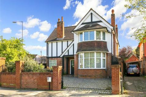 Taylor Avenue, Kew, Surrey, TW9. 5 bedroom detached house for sale