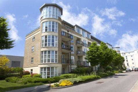 Lime House, 33 Melliss Avenue, Kew, Surrey, TW9. 3 bedroom apartment for sale
