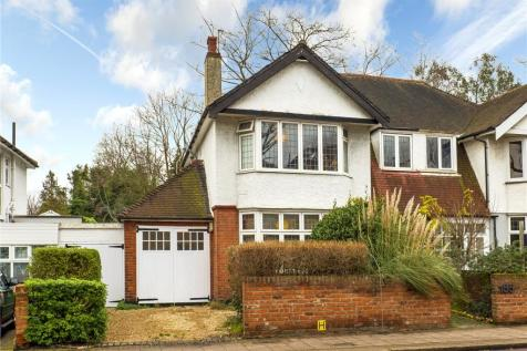 Mortlake Road, Kew, Surrey, TW9. 4 bedroom semi-detached house for sale