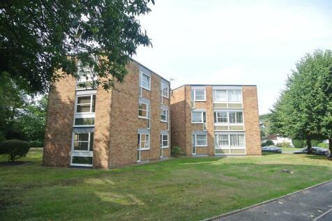 Weybridge. 2 bedroom apartment