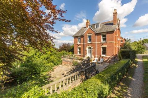 Nell Hill. 6 bedroom detached house