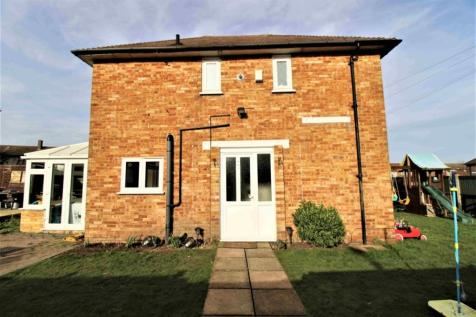 Tyne Gardens, Aveley, Essex, RM15. 2 bedroom end of terrace house