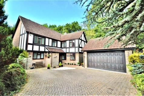Oakfield Way, Bexhill-on-Sea, TN39. 5 bedroom detached house for sale