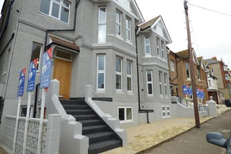 Eversley Road, Bexhill on Sea, TN40. 2 bedroom apartment