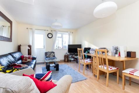 St Edmunds Close, Tooting, SW17. 2 bedroom terraced house