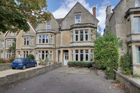 Wingfield Road, Trowbridge. 5 bedroom semi-detached house