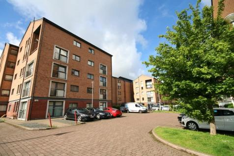 2 Bed Furnished Apartment, Minerva Way. 2 bedroom flat