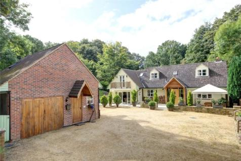 Shincliffe, Co Durham, DH1. 4 bedroom detached house