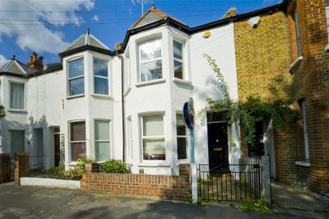 Evelyn Gardens, Richmond, Surrey, TW9. 3 bedroom house