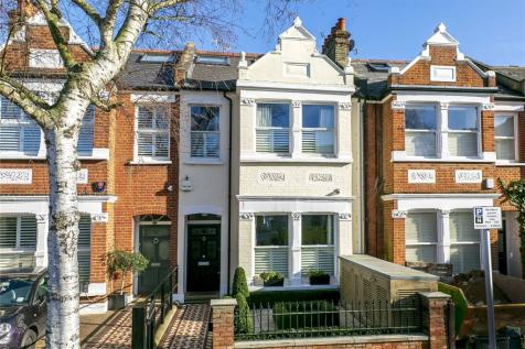 Pagoda Avenue, Richmond, TW9. 4 bedroom house for sale