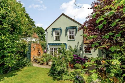 The Green, Writtle, Chelmsford, Essex, CM1. 3 bedroom detached house for sale