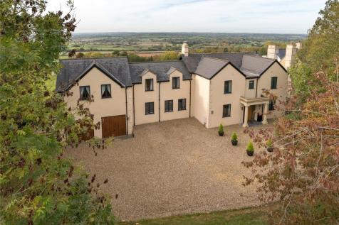 Bowden Hill, Lacock, Chippenham, Wiltshire, SN15. 4 bedroom detached house for sale