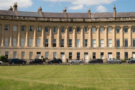 Royal Crescent, Bath, BA1. 3 bedroom penthouse