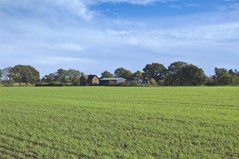 Ashmore Farm & Woodland, Everton Road, Sandy, Bedfordshire, SG19. 3 bedroom detached house for sale