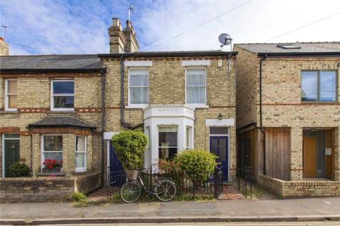 Marshall Road, Cambridge, CB1. 3 bedroom end of terrace house