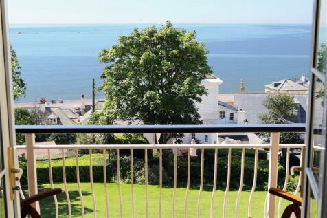 Elvestone, Fore Street Hill, Budleigh Salterton, Devon, EX9. 3 bedroom apartment