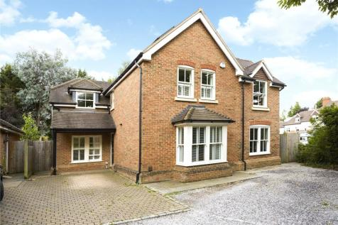 Broadwater Rise, Guildford, Surrey, GU1. 4 bedroom detached house